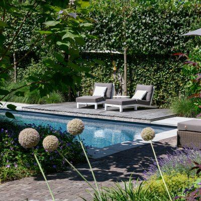 Een buitenzwembad aanleggen in Houten
