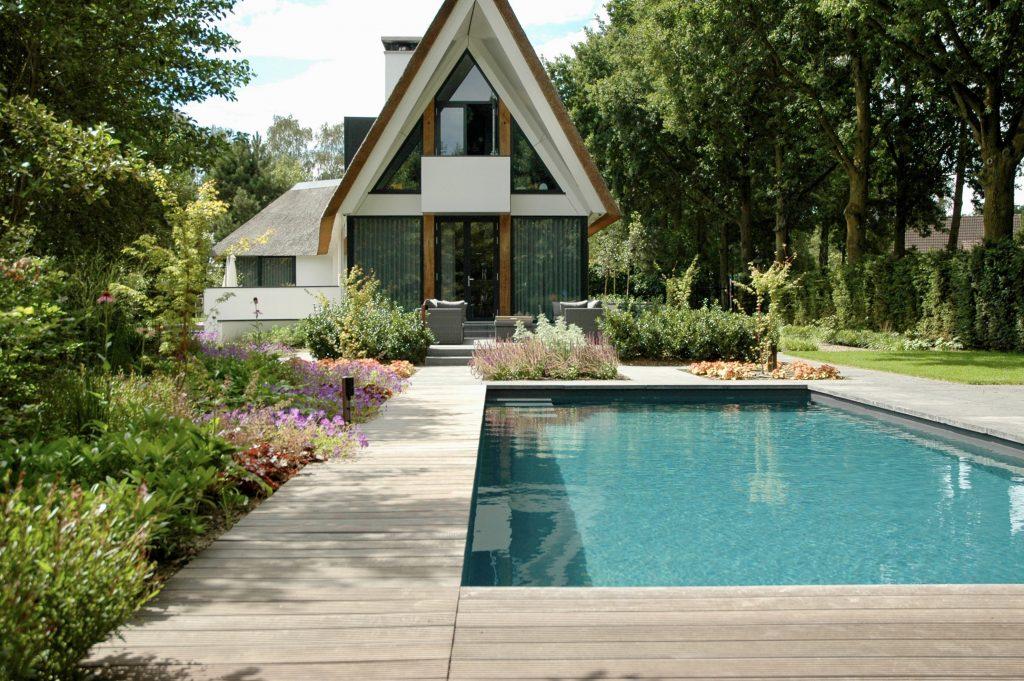 Luxe privé zwembad in Overijssel