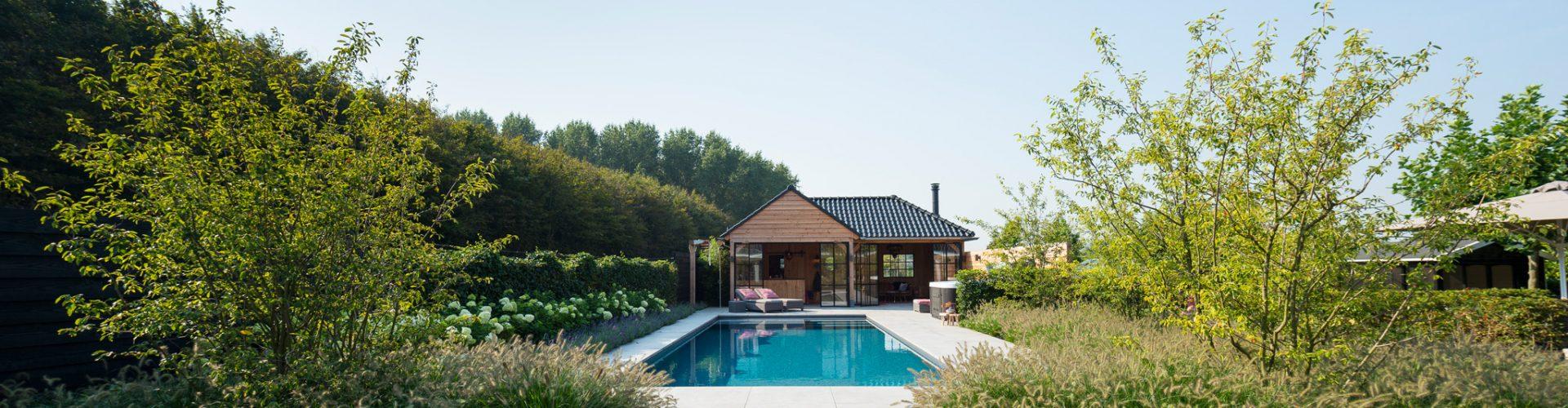 Thuis een zwembad laten aanleggen